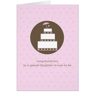 Nuera, enhorabuena nupcial de la torta de la ducha tarjeta de felicitación