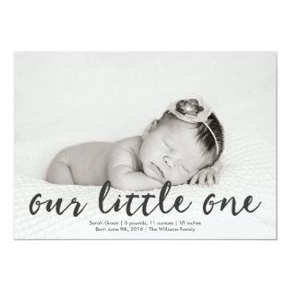 Nuestra pequeña una invitación del nacimiento de