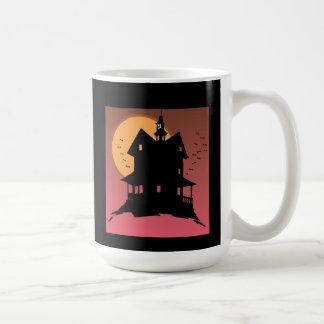 Nuestra taza de Halloween de la casa encantada