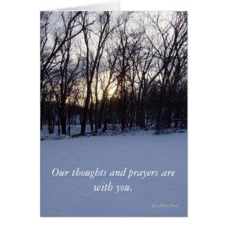 Nuestros pensamientos y rezos están con usted tarjeta