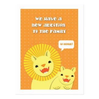 Nueva adición del pequeño león a la familia TAN Postal