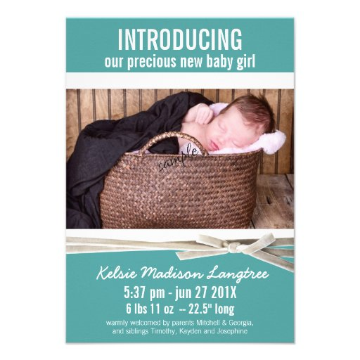 Nueva invitación del nacimiento de la niña del tru
