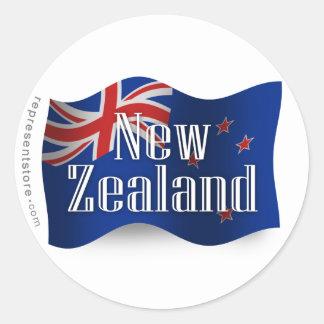 Nueva Zelanda que agita la bandera Etiquetas Redondas
