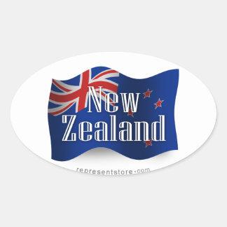 Nueva Zelanda que agita la bandera Pegatina Ovalada