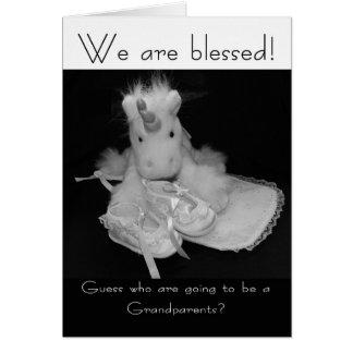 Nuevo bebé de los abuelos nos bendicen tarjeta de felicitación