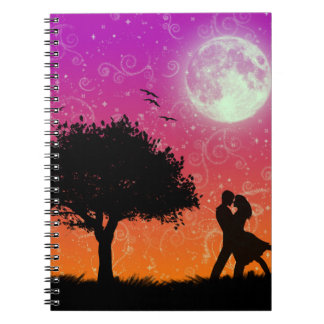 Nuevo cuaderno romántico del diseño (2 de marzo de