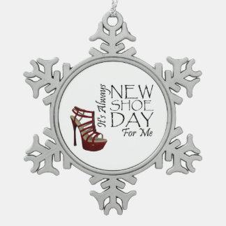 Nuevo día del zapato de la CAMISETA Adornos