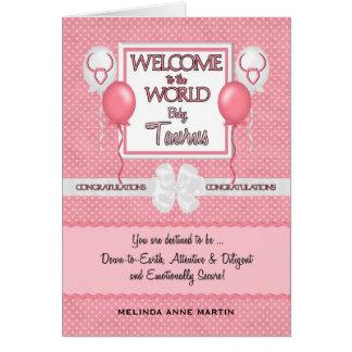 Nuevo tauro de la niña de la enhorabuena tarjeta de felicitación