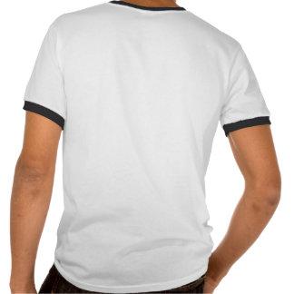 Número 73 con mirada fresca de las puntadas del bé camisetas
