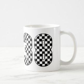 número el competir con auto 38 taza de café
