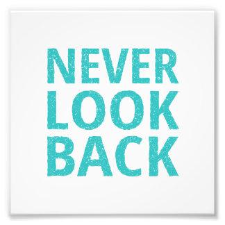 Nunca mire detrás la tipografía retra fotografía