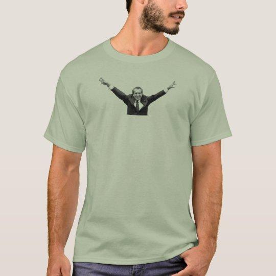 Nunca pensé que faltaría a NIxon Camiseta