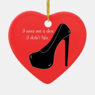 Nunca resolvió un zapato adorno de cerámica en forma de corazón