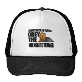Obedezca el Yorkshire Terrier Gorras De Camionero