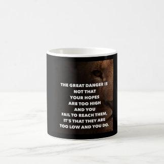 Objetivo alto taza de café
