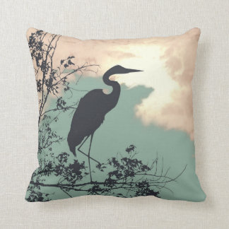 Observación de pájaros azul de la puesta del sol cojín decorativo