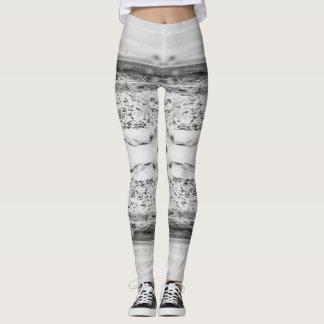 Océano blanco y negro leggings