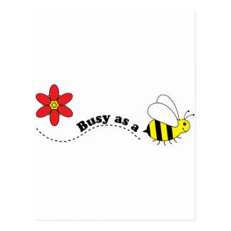 Ocupado como dibujo animado feliz de las abejas y postal