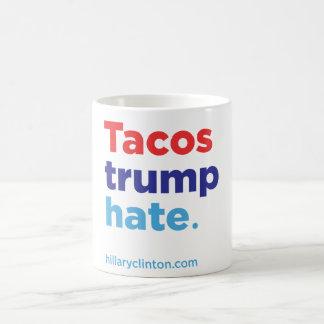 Odio del triunfo del Tacos: Taza de Hillary 2016
