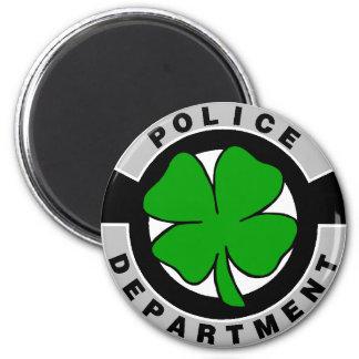 Oficiales de policía irlandeses imanes