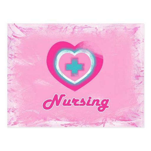 Oficio de enfermera rosado del corazón y de la Cru Tarjeta Postal