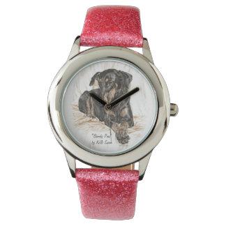 Oídos naturales del perro del Doberman Relojes