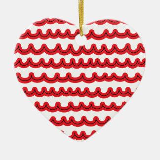 Olas oceánicas caprichosas rojas adorno de cerámica