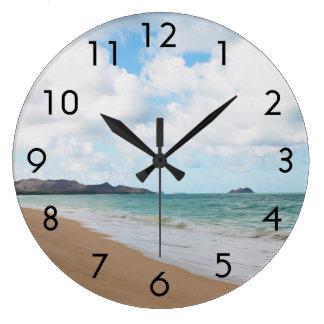 Olas oceánicas y playa de Oahu Hawaii Reloj Redondo Grande