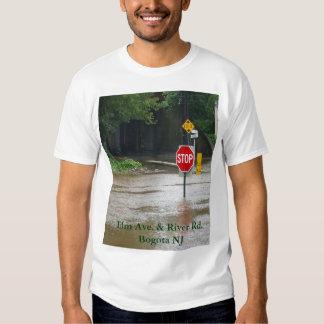 Olmo y río camiseta
