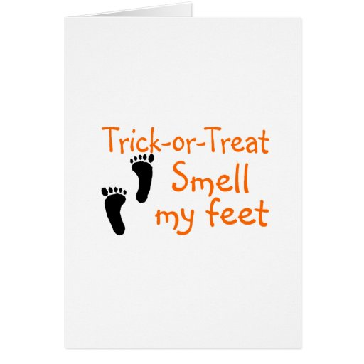 Olor del truco o de la invitación mis pies felicitaciones