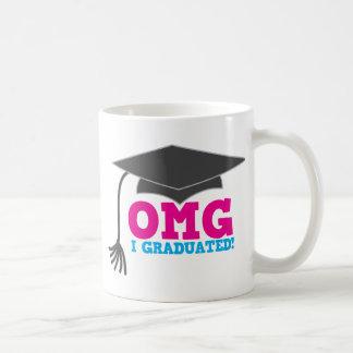 ¡OMG I GRADUADO! gran regalo de la graduación Taza Clásica