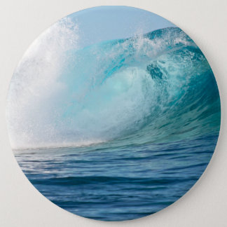 Onda grande del Océano Pacífico que rompe el botón