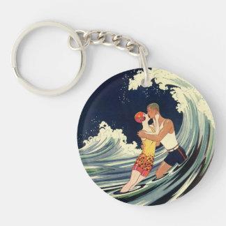 Onda romántica de la playa del beso del amor del llavero redondo acrílico a doble cara