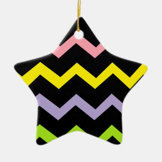 Ondas coloridas del triángulo adorno de cerámica en forma de estrella