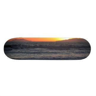 Ondas de la puesta del sol monopatines personalizados