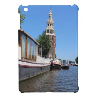 Opinión del canal de Amsterdam - barcos y chapitel