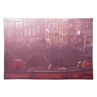 opinión del canal de Amsterdam con el barco de la Salvamanteles