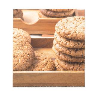 Opinión del primer sobre las galletas de la avena bloc de notas