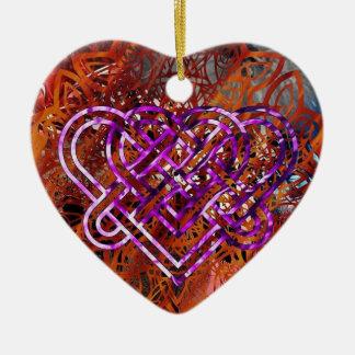 Ornamento céltico del corazón del nudo de Nathan
