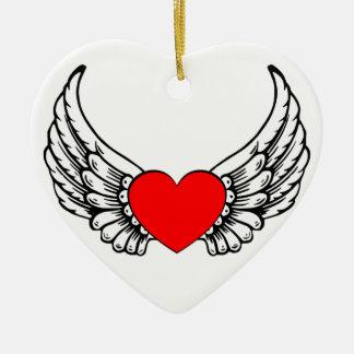 Ornamento de alas rojas de los corazones adorno navideño de cerámica en forma de corazón