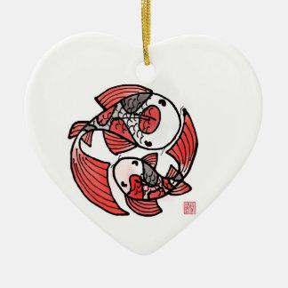 Ornamento de cerámica de los pescados de Koi Adorno Navideño De Cerámica En Forma De Corazón