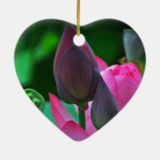 Ornamento de cerámica del flor rosado de Lotus Adorno Navideño De Cerámica En Forma De Corazón