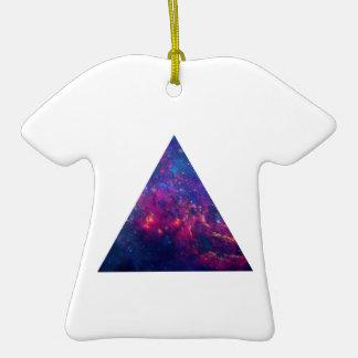 Ornamento de la camiseta del triángulo de la adorno de cerámica en forma de camiseta
