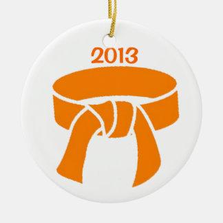 Ornamento de la correa de 2013 naranjas adorno navideño redondo de cerámica