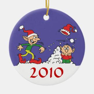 Ornamento de la lucha de la bola de nieve del adorno navideño redondo de cerámica