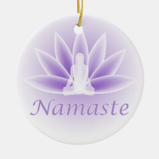 Ornamento de la violeta de la flor de la mujer de
