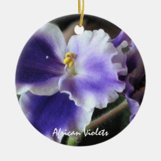 Ornamento de las violetas africanas ornamentos para reyes magos