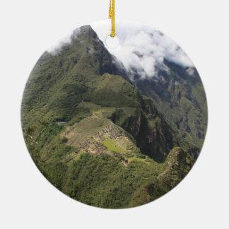 Ornamento de Machu Picchu Adorno Navideño Redondo De Cerámica