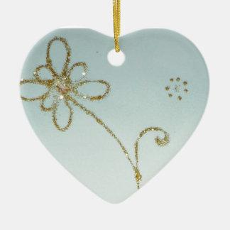 Ornamento de oro de la flor adorno navideño de cerámica en forma de corazón