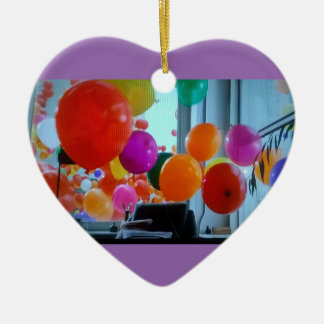 Ornamento del corazón de los globos del fiesta